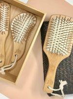 Spazzola in bambù rettangolare con cuscino