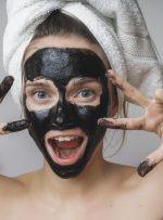Maschera nera peel-off per punti neri
